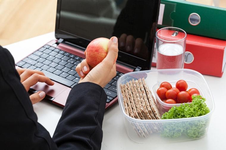 間食が肥満の原因になるとは限らない  WEDGE Infinity(ウェッジ)