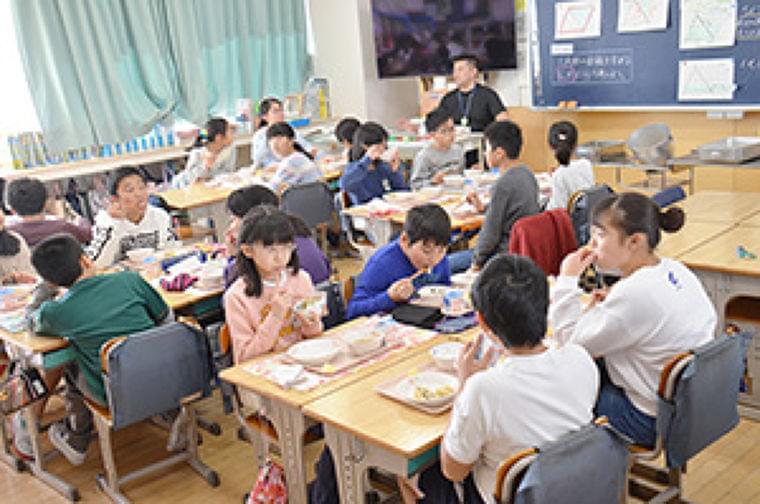 "全国学校給食週間特集:""食育推進""で健康増進 給食でつながる家庭・地域・産地 |日本食糧新聞・電子版"
