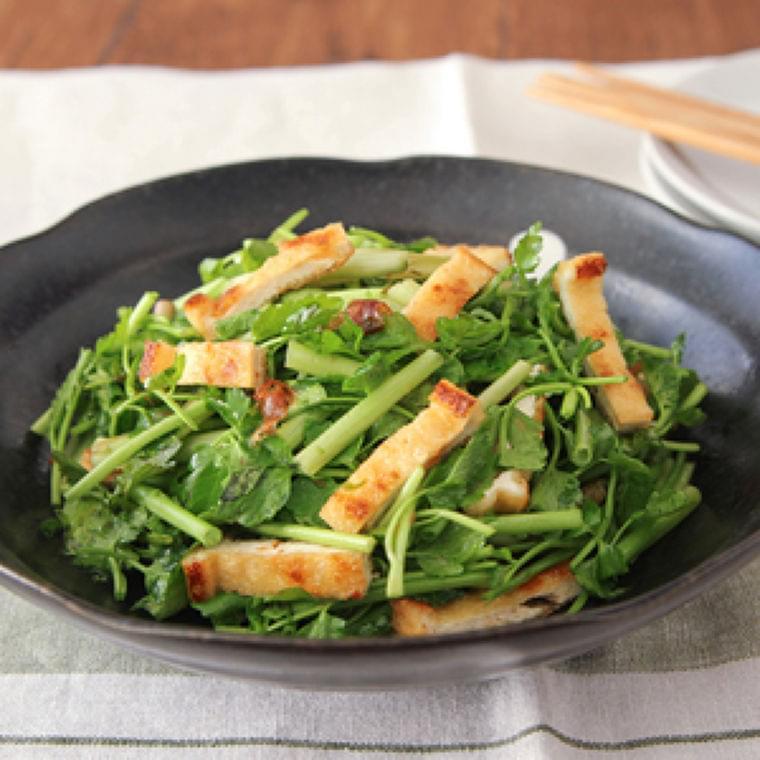 減塩でもおいしい セリと油揚げのサラダ : yomiDr. / ヨミドクター(読売新聞)