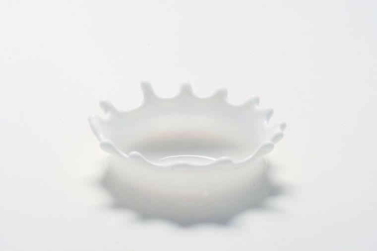 三角パックの牛乳が消えたのはなぜ? | ニコニコニュース