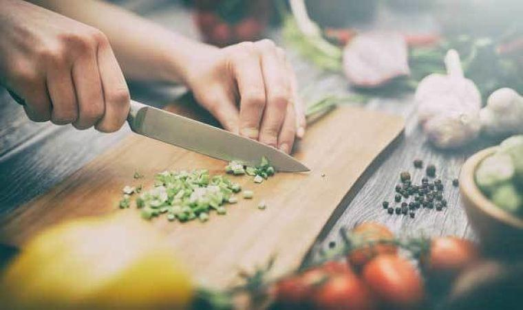 新社会人のための栄養学(4) 自炊で「手軽に」栄養補給するには? 栄養士に聞く | マイナビニュース