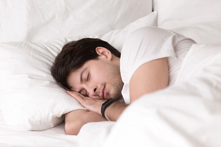 週末の寝だめにリセット効果なし? 肥満と糖尿病のリスク高める可能性(日経グッデイ) - Yahoo!ニュース