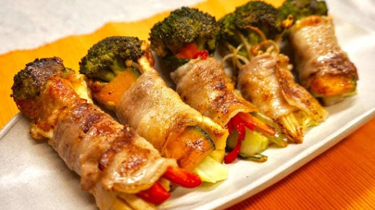 ブロッコリーの茎は栄養たっぷり!肉巻きスティックのレシピ|ニフティニュース
