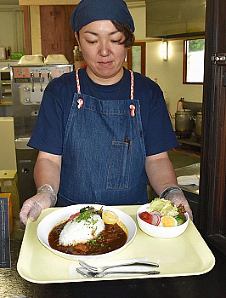 農場の新鮮食材、食堂でどうぞ 原の八ケ岳中央農業実践大学校が営業 | 信濃毎日新聞[信毎web]