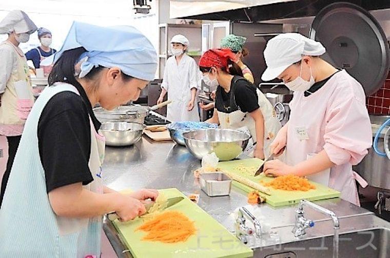 園児の栄養考え新料理 伊勢崎の保育施設が給食研修|社会・話題|上毛新聞ニュース