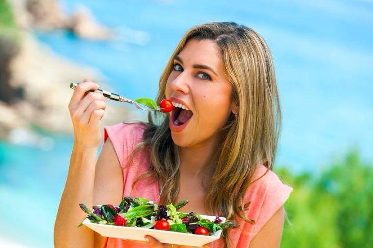 食べて紫外線対策!シミ予防をサポートする栄養素&食材は? (2019年8月8日) - エキサイトニュース