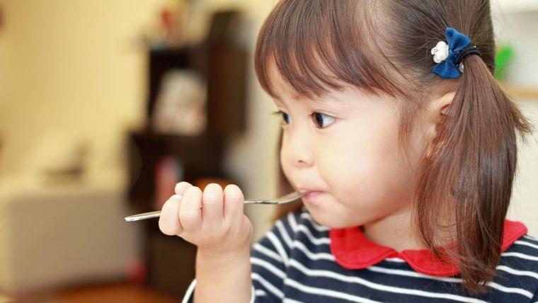 2歳児に「給食とり放題」をさせる保育園の狙い | ニコニコニュース