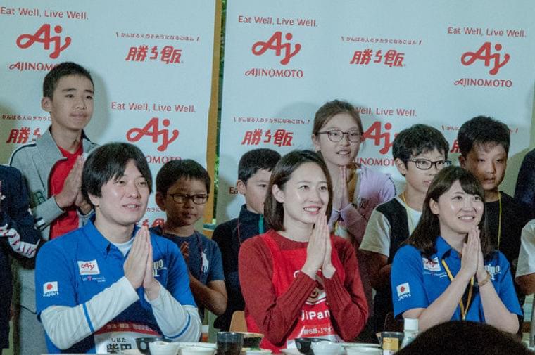水泳の日本代表選手の食事内容は? 味の素のイベントで子どもの食育を学ぶ | マイナビニュース