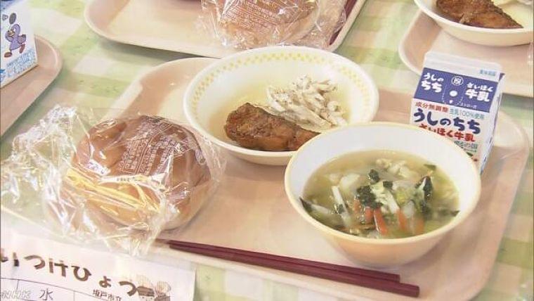 避難者に小学校の給食 栄養バランス取れた食事を 埼玉   NHKニュース
