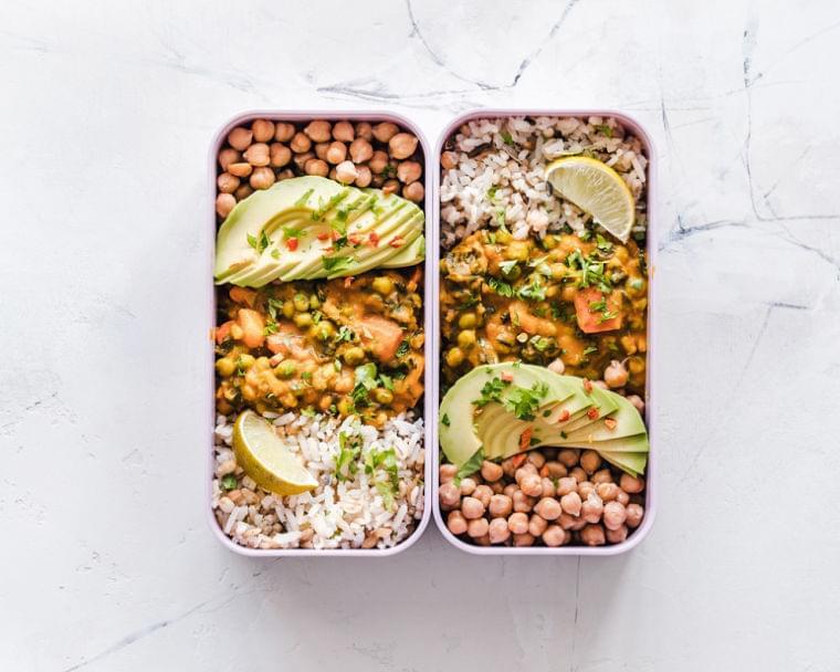 ビジネスパーソンにおすすめ!健康的なカラダづくりに励む人の食事スタイル「ミールプレップ」の簡単レシピ|@DIME アットダイム