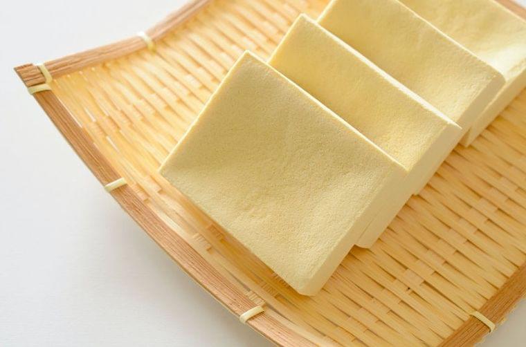 栄養士に聞く、ダイエットフードに「高野豆腐」が最適な理由 - 最新ボディケアニュース一覧 - 楽天WOMAN
