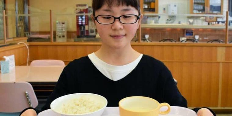 おいしさと健康両立「適塩」Xマスランチいかが 学生が考案   京都新聞