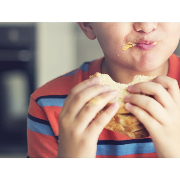 「持ち帰る給食」制度が食物廃棄と貧困の問題解決の糸口に!スコットランドの学校の取り組みが評判(FINDERS) - Yahoo!ニュース
