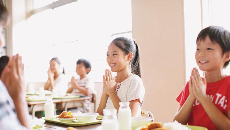 子どもの貧困と学校給食費の無償化。将来の子どもたちも担えるサービスの提供を目指し問われる自治体の手腕(足立泰美) - 個人 - Yahoo!ニュース