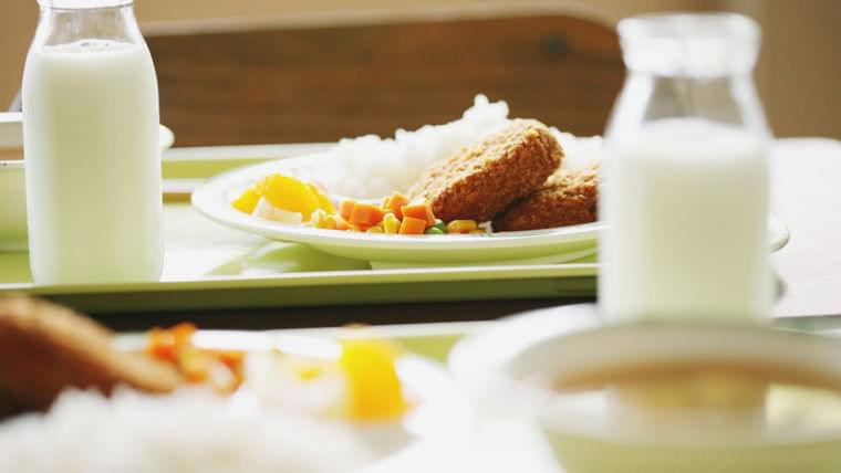 給食空白地帯。子どもの食生活を支える学校給食が直面する食格差。(足立泰美) - 個人 - Yahoo!ニュース