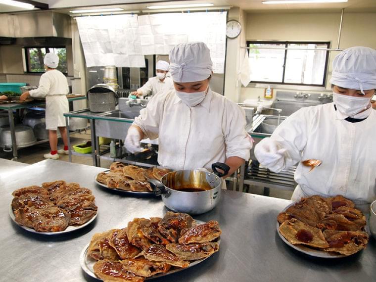 給食ではなく「お食事」 自由学園で96年続く昼食とは:朝日新聞デジタル