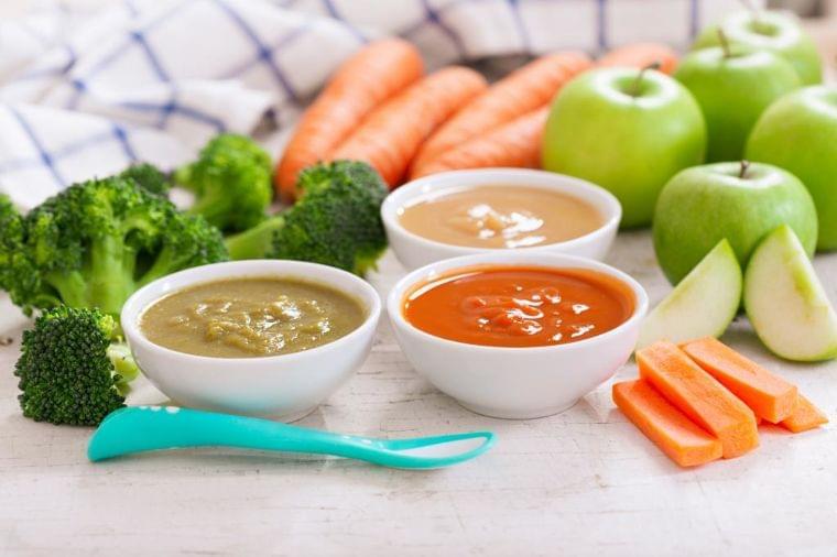 離乳食で初チャレンジ食材は「1日1種類を3日食べて」 保育園入園前の準備 (1/2) 〈AERA〉|AERA dot. (アエラドット)
