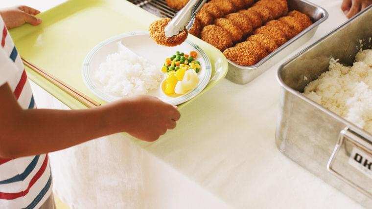 世界3億6800万人が給食を食べられず「子どもには食べ物を大切にと言っているのに…」廃棄 新型コロナ(井出留美) - 個人 - Yahoo!ニュース