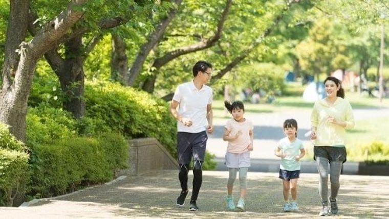 あえて「歩く」に注目した街づくり、各地で進む健康志向の都市モデル | マイナビニュース