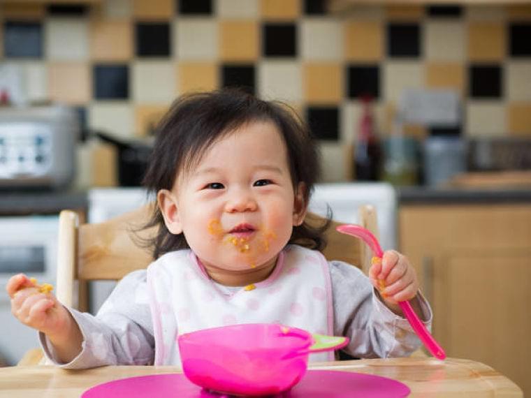 【専門家監修】生後6ヶ月の離乳食はどう進める?2回食にはいつ進める?   マイナビウーマン子育て
