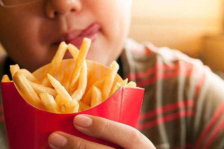 【医師監修】子供の肥満はどんな問題がある? 基準や受診の目安、解消法は?    マイナビウーマン子育て