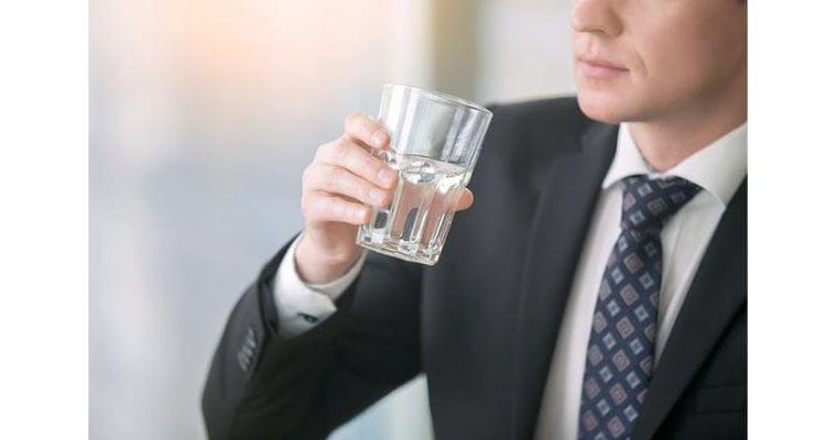 夏の血圧低下、高血圧の人もご用心 水分補給忘れずに ヘルスUP NIKKEI STYLE