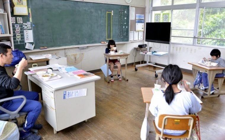 夏休み短縮の鹿児島県内28市町村 学校給食9割が実施 子どもの健康維持、保護者の負担軽減(南日本新聞) - Yahoo!ニュース