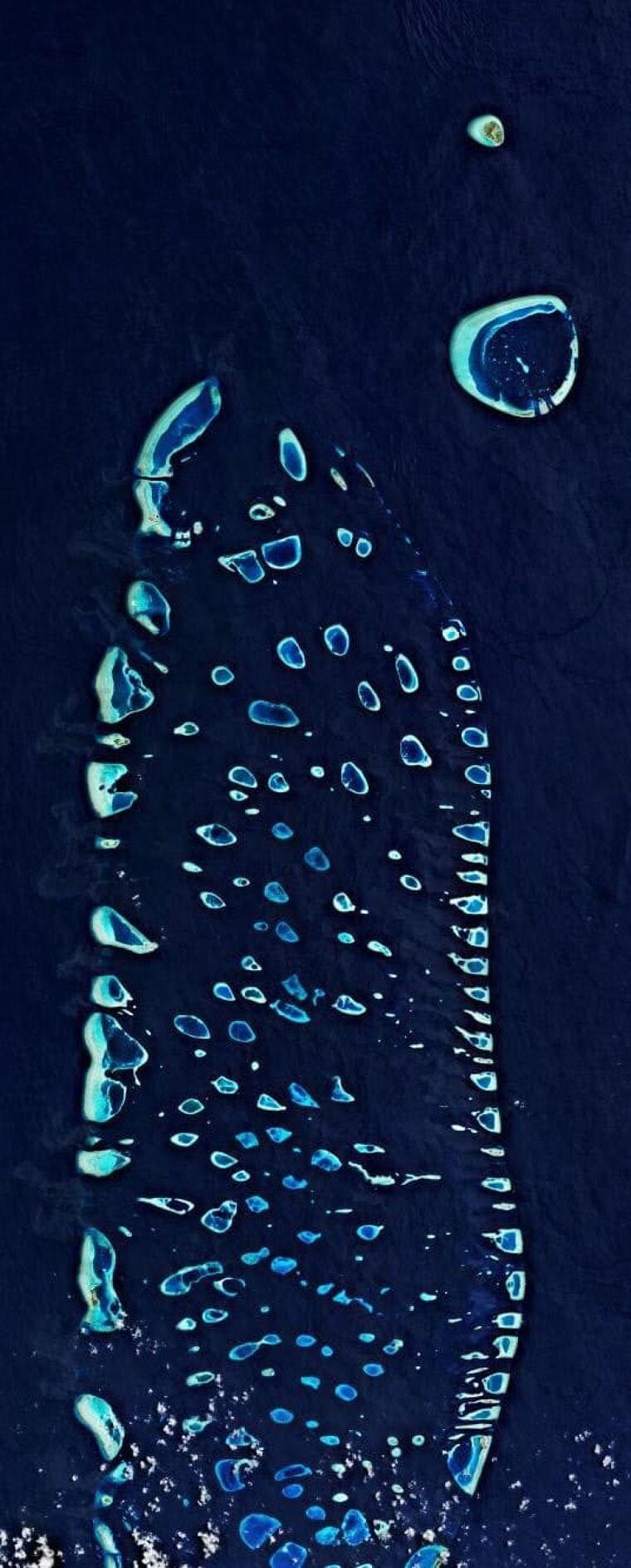 広がるマイクロプラスチック汚染 海からも空からも
