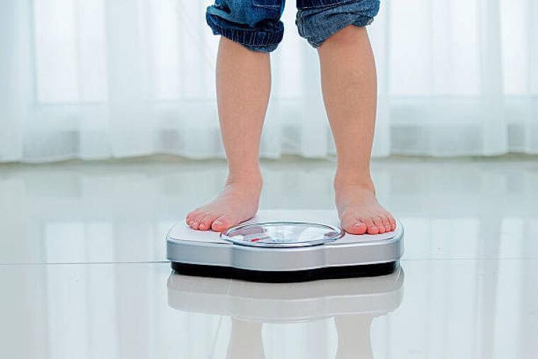 【医師監修】子供のベストな体重は? 1~6歳の平均と肥満の目安 | マイナビウーマン子育て