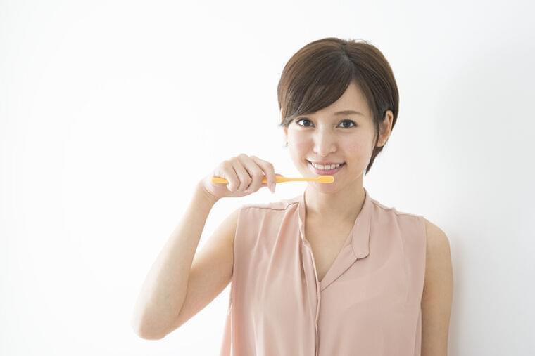長寿の秘訣は口の健康!「オーラルフレイル」チェックを | 日本老友新聞 [ro-yu.com]