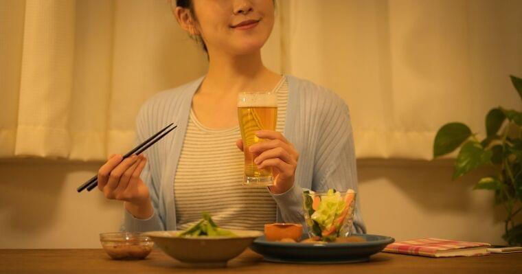 家飲みで太りたくない人はコンビニを活用すべき理由 | ストレスフリーな食事健康術 岡田明子 | ダイヤモンド・オンライン