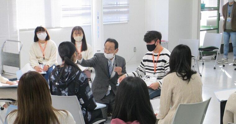 大学倶楽部・城西大:人との関わり方を学ぶ特別授業 薬剤師や管理栄養士を目指す学生らが参加 - 毎日新聞