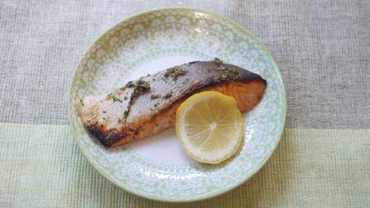 サケの塩レモン焼き…勝手においしく仕上がる : yomiDr./ヨミドクター(読売新聞)