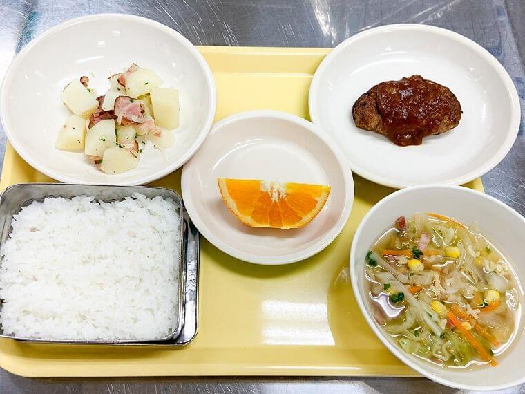 仙台市役所食堂で「学校給食フェア」 給食の「今の姿」と食育の取り組み紹介 - 仙台経済新聞