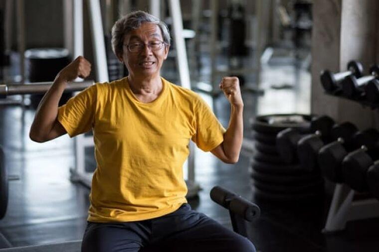 運動もハード過ぎると免疫機能低下 コロナ感染に注意