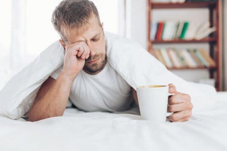 コーヒーと血糖値の意外な関係 睡眠不足で飲むと…