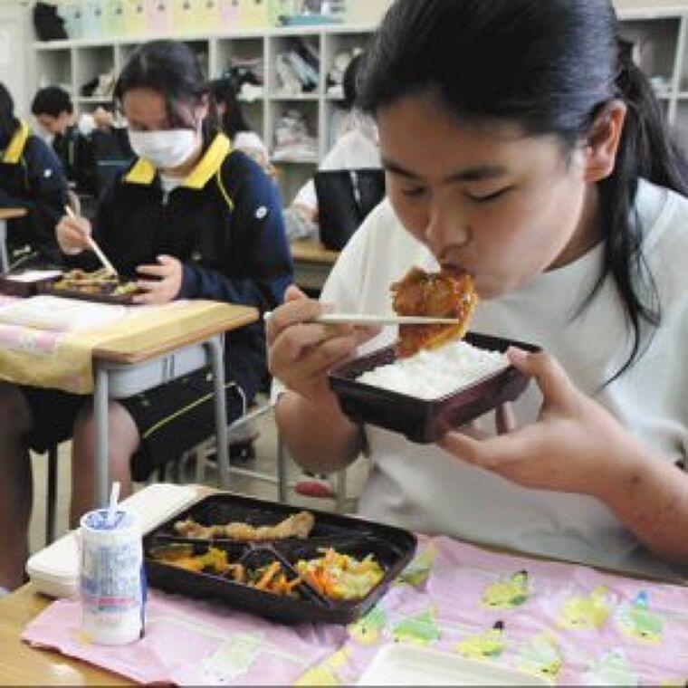 中学校給食が選択制の横浜市 実質は配達弁当、利用は2~3割 「全員制の温かい給食」求める保護者も | 子育て世代がつながる - 東京すくすく