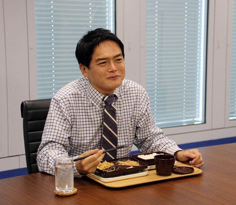 デリバリー型給食「食育そのもの」横浜・山中市長が試食 生徒からは「おかずが冷たい」の声も