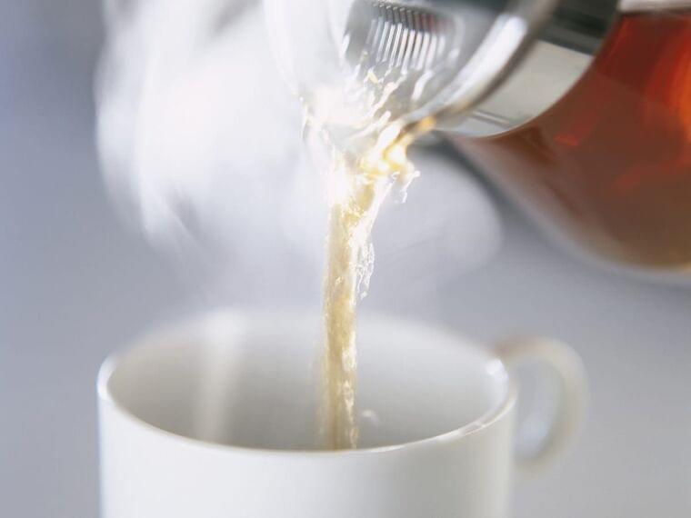 温かい飲み物は体にいい?熱すぎるとがんの危険因子に [医療情報・ニュース] All About