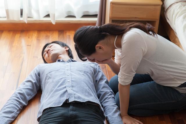 遺体発見から部屋掃除までの手順
