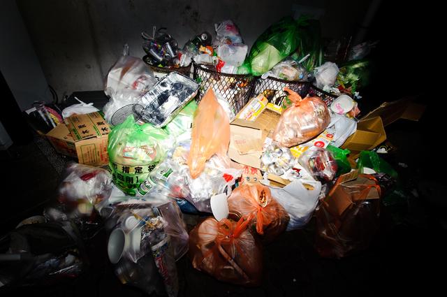 ゴミ屋敷の家