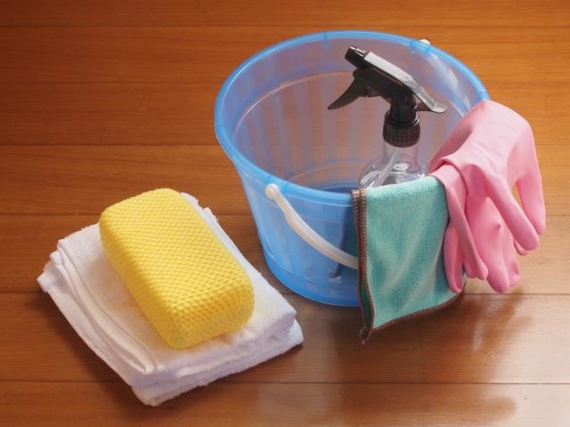ゴミ部屋の清掃道具
