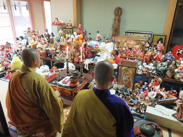 丹州華觀音寺での人形供養