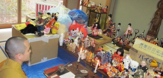 第9回の人形供養祭の様子