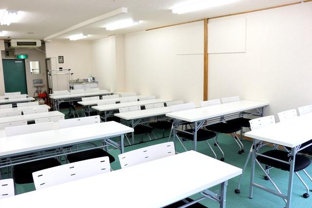 新宿・新宿三丁目の40名以上入れる貸し会議室なら会議室倶楽部RoomB貸し会議室の画像7