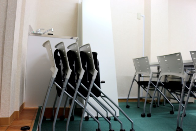 新宿・新宿三丁目の40名以上入れる貸し会議室なら会議室倶楽部RoomB貸し会議室の画像13