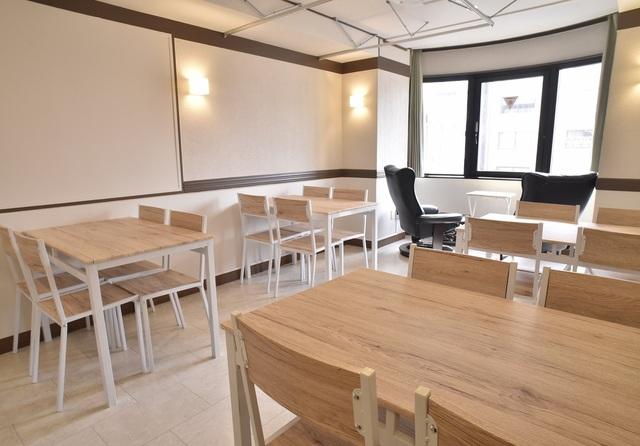 ラゲージルームカフェ 多目的個室「ファンクションルーム」の画像1