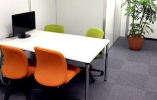 小会議室2(4名収容)