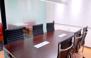 貸し会議室B(最大8名収容)