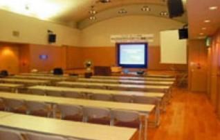大ホール(150名収容)